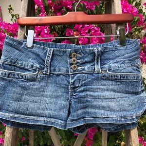 Jr. You Nique Brand Jean Shorts w/3 Buttons